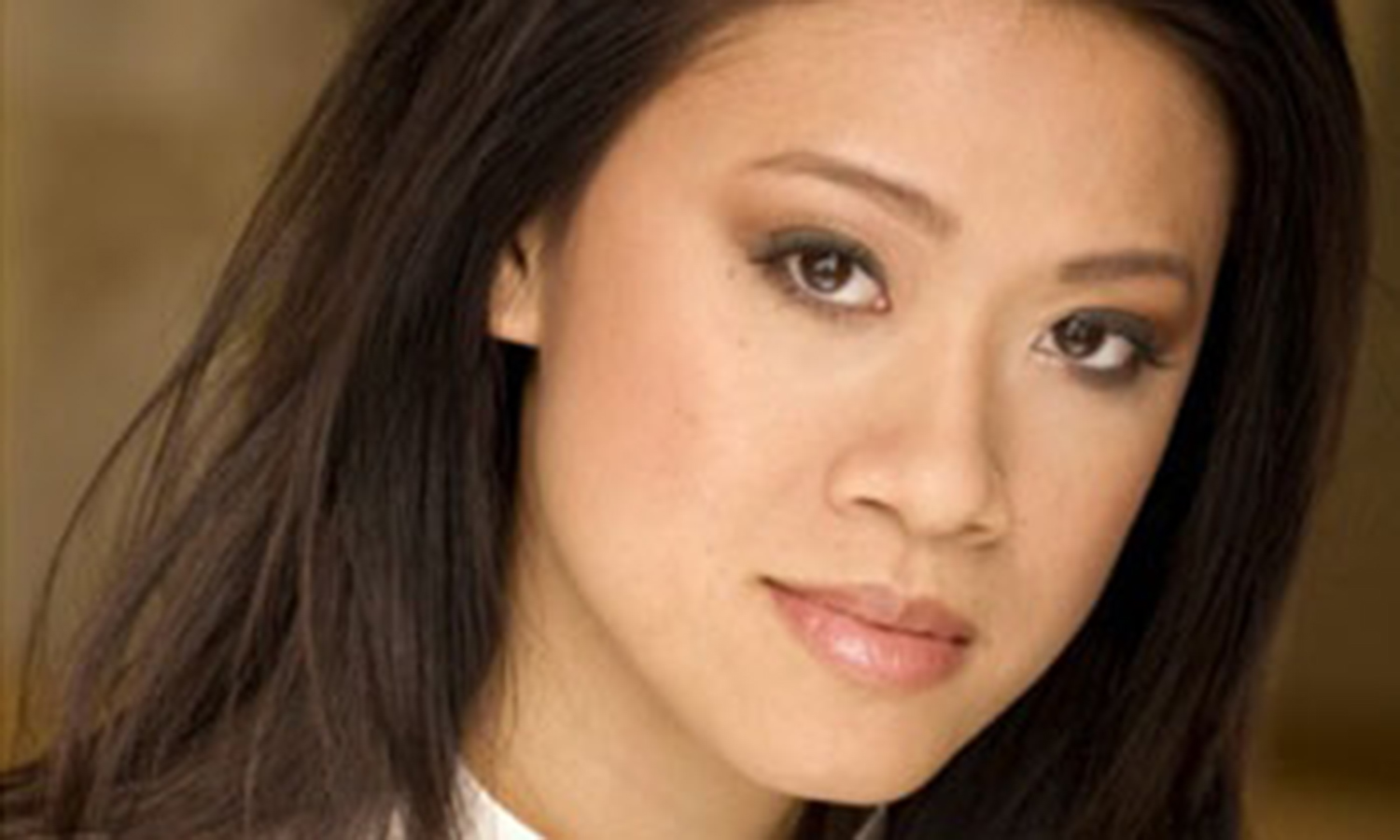 Actress Junie Hoang loses suit against IMDb